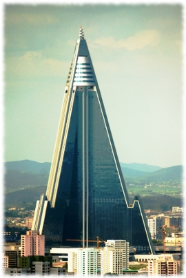 Picture of the new Ryugyong Hotel in North Korea after being updated and the outside finished.